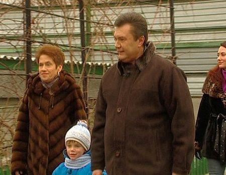 Hé lộ các đời vợ của Tổng thống Ukraine Viktor Yanukovych 1