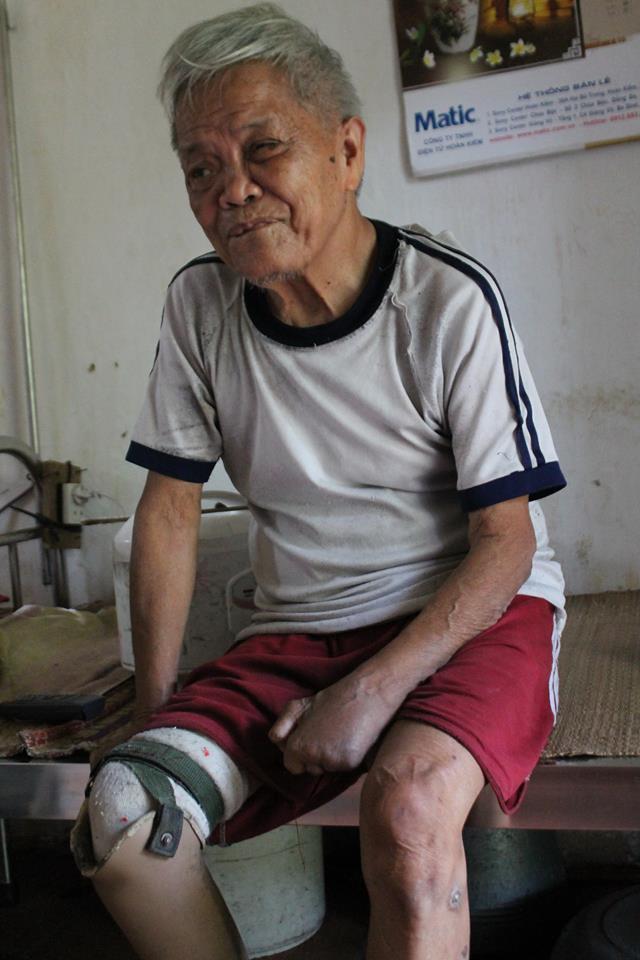 Ông Hoàng Văn Thỏa sống cô đơn những ngày cuối đời. Ảnh: P.B