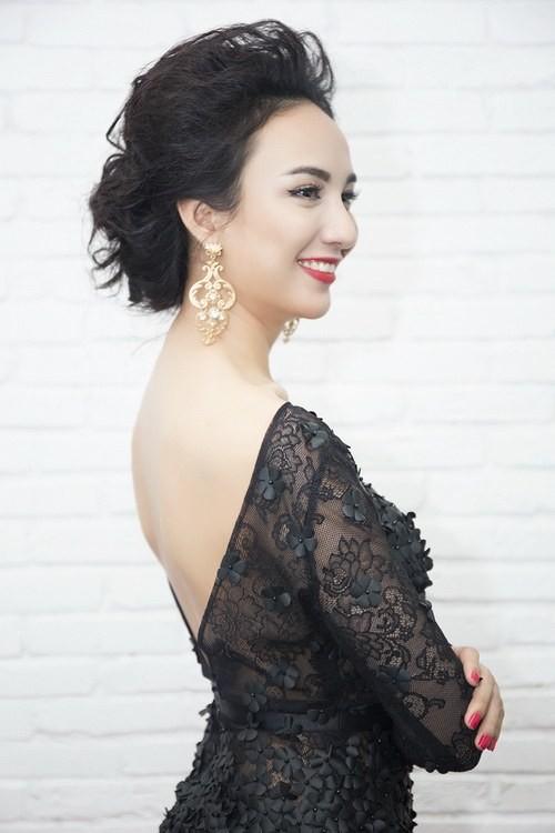 Mốt tóc dự tiệc mùa hè quyến rũ của mỹ nhân Việt