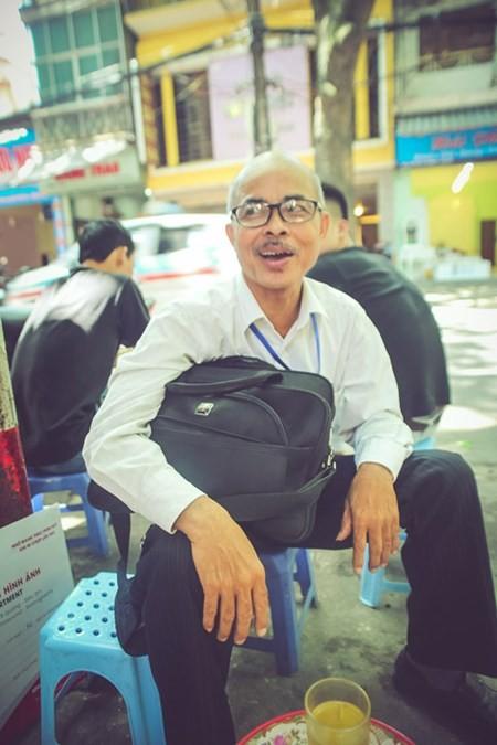 NSƯT Hán Văn Tình cho rằng đãi ngộ của nhà nước còn thấp nên nhiều nghệ sĩ quay lưng với nghệ thuật dân tộc.