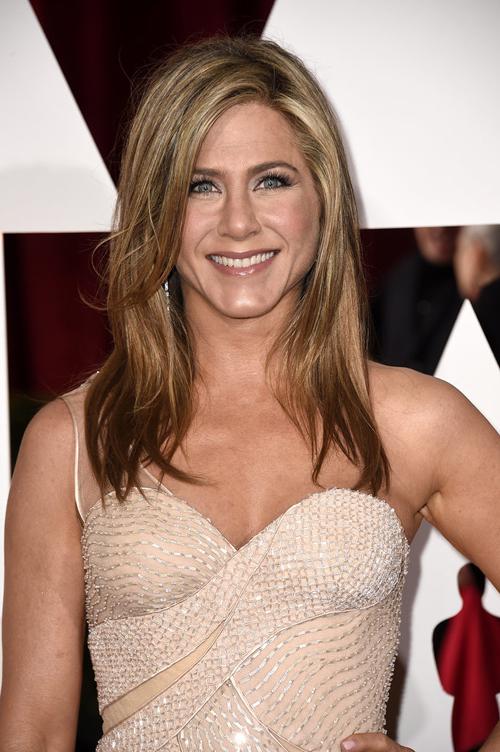 Jennifer-Aniston-7522-1424742583.jpg