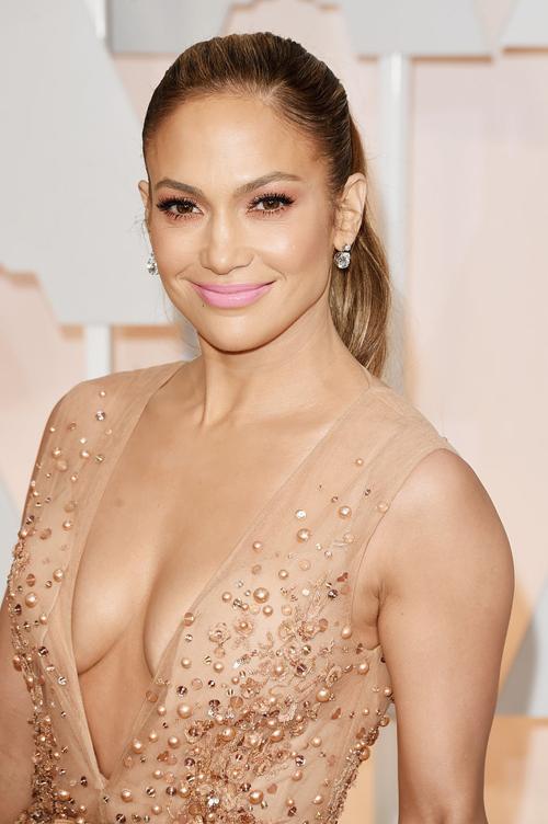 Jennifer-Lopez-5883-1424742583.jpg