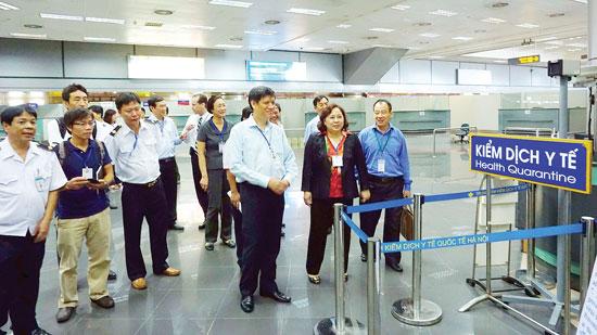 Bộ Y tế đã nhiều lần áp dụng tờ khai y tế tại sân bay