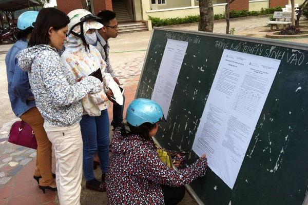 Hà Nội: Hơn 107 nghìn hồ sơ đăng ký vào lớp 6 theo hình thức trực tuyến - Ảnh 1.