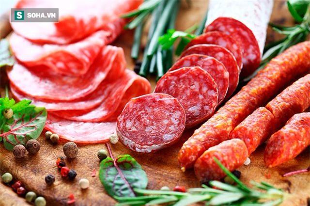Các loại thịt được chế biến sẵn là một trong những hung thủ gây ra nhiều loại ung thư. (Ảnh: nguồn internet).