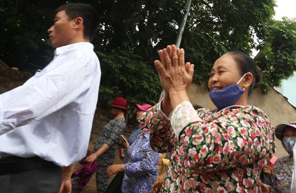 Sau một tuần căng thẳng, hôm nay người dân Đồng Tâm đã vui vẻ trở lại.