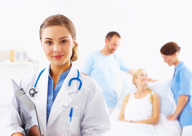 Sự khác biệt giữa bác sĩ gia đình và bác sĩ đến khám tại nhà