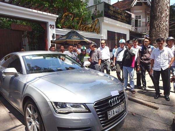 Xe Audi của hoa hậu Thu Hoài bị phạt hành chính 1,6 triệu đồng. Ảnh: ML.