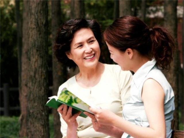 Tuyệt chiêu cho các nàng dâu để mẹ chồng yêu chiều như con gái