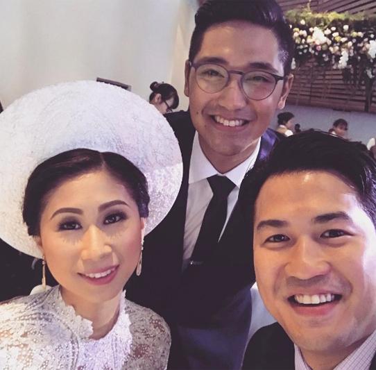 Phillip Nguyễn, em chồng Hà Tăng vui vẻ chia sẻ khoảnh khắc đáng nhớ bên chị gái và anh rể.