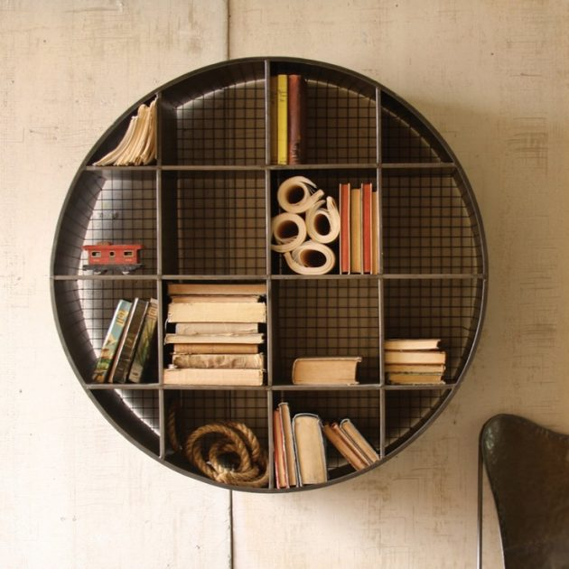 Chiếc giá sách dễ thương này được thiết kế bằng cách tận dụng những nguyên liệu trong nhà bạn.