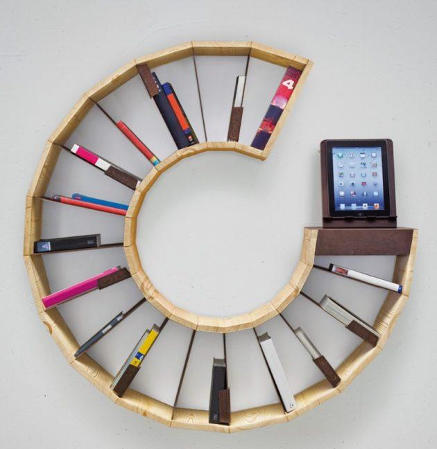 Chiếc giá sách vô cùng độc đáo được tạo ra bằng cách tận dụng các miếng gỗ nhỏ trong nhà bạn.