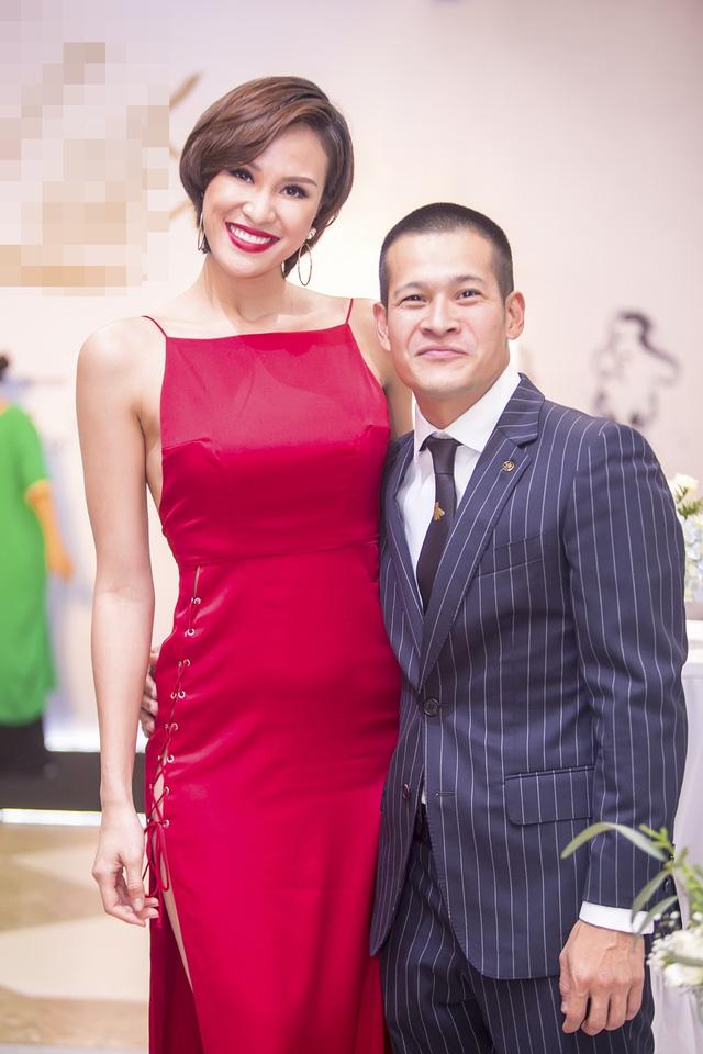 Đạo diễn Việt Tú và siêu mẫu Phương Mai.