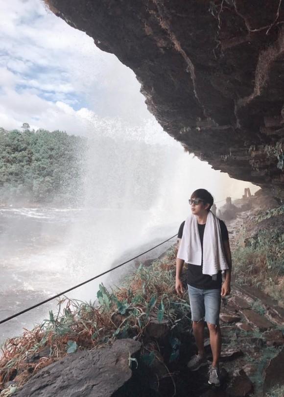 Những nơi anh đặt chân đến đều là những địa điểm nổi tiếng của thế giới và chi phí cho mỗi chuyến đi như vậy không phải là con số nhỏ.
