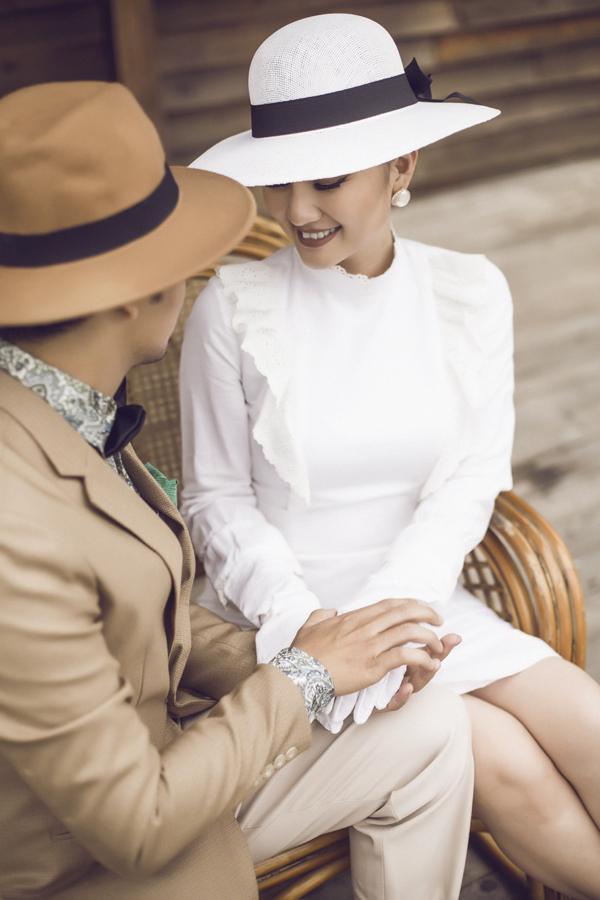 Kiều nữ thích nhất là tính cách thẳng thắn, rất đàn ông của chồng. Trong suốt thời gian cô bầu bí và sinh em bé, ông xã luôn ở bên động viên, chăm sóc vợ chu đáo.