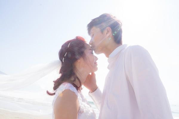 Cặp đôi chi mạnh tay cho bộ ảnh cưới lãng mạn.