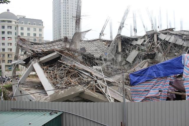 Chủ tịch UBND TP Hà Nội yêu cầu báo cáo vụ trường mầm non đổ sập tại quận Nam Từ Liêm.