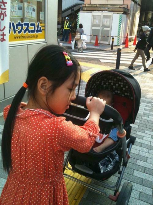 Chị Nguyên tâm sự, Tú yêu thương em Bình An như cách Nhật Linh yêu thương bé trước đó.