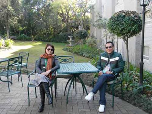 Bức hình hiếm hoi của vợ chồng MC Lại Văn Sâm