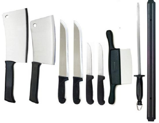 Bạn chỉ nên sắm cho căn bếp của mình vào con dao chuyên dụng thay vì mua cả bộ quá nhiều dao không sử dụng đến.