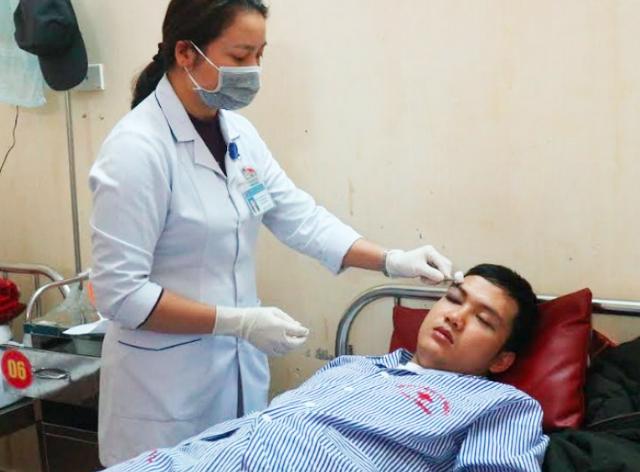 Thực tập sinh Trần Nhật Giáp hiện đang điều trị tại khoa Ngoại thần kinh BVĐK tỉnh Hà Tĩnh