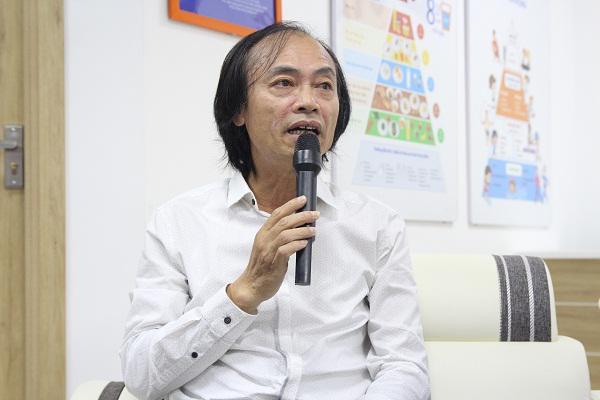PGS Nguyễn Tiến Dũng cảnh báo tình trạng trẻ nhập viện do uống TPCN oresol.