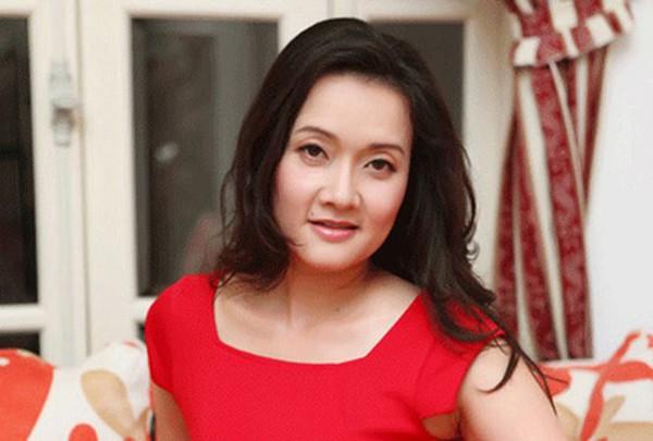 Diễn viên hài Vân Dung không đồng tình với việc đánh người của MC Minh Tiệp.
