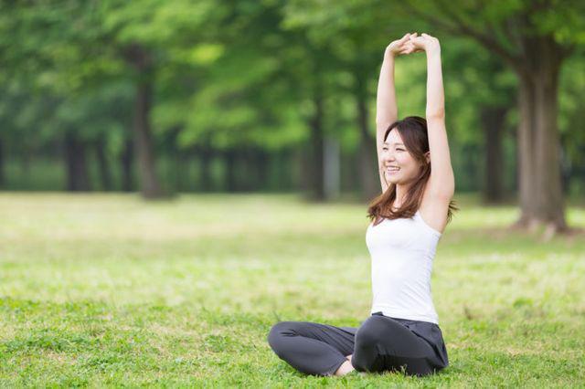 Tập thể dục vừa phải, giúp cải thiện khả năng vận động của đường tiêu hóa và thúc đẩy tiêu hóa và hấp thụ thức ăn.