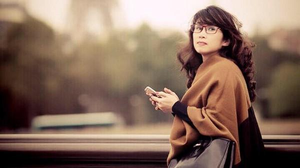 Được biết, chị chính là con gái của cố Giáo sư, NSND Đình Quang - nguyên thứ trưởng Bộ Văn hóa Thông tin (nay là Bộ Văn hóa, Thể thao và Du lịch).