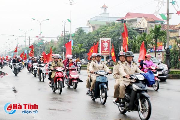Hà Tĩnh tổ chức nhiều hoạt động truyền thông kỷ niệm ngày Dân số Thế giới. Ảnh: Thúy Ngọc