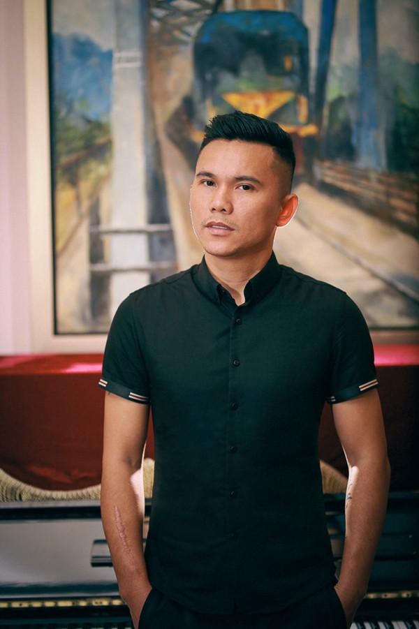 Tú Dưa là người đàn ông nổi tiếng đào hoa trong làng giải trí Việt.