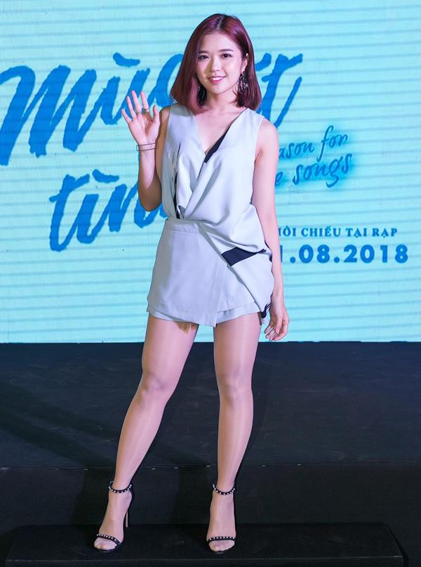 Ca sĩ Suni Hạ Linh cũng góp mặt trong phim ca nhạc của đạo diễn Thắng Vũ.
