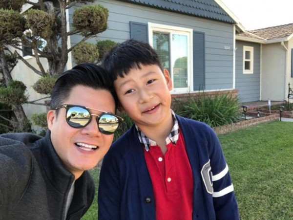 Quang Dũng muốn ở gần con trai nhưng suốt 7 năm qua bé ở Mỹ cùng ông bà ngoại. Vì vậy, khi nghe tin con về Việt Nam đoàn tụ, Quang Dũng đã rất phấn khích.