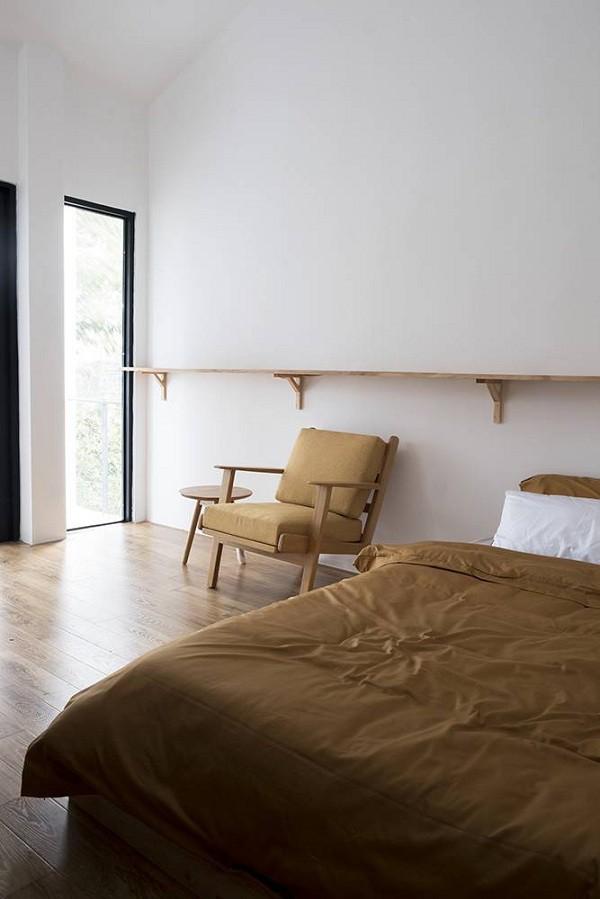 Cách lấy ánh sáng cho phòng ngủ của ngôi nhà cũng rất sáng tạo