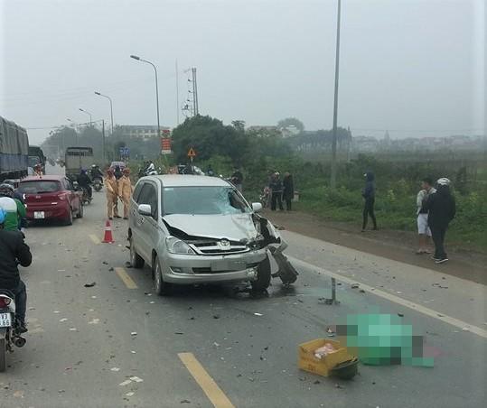 Hiện trường vụ tai nạn khiến 2 người tử vong. Ảnh: Trọng Biên.