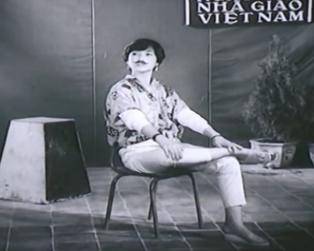 Cô thể hiện rất tốt vai diễn cô học trò Linh Chi nghịch ngợm, cá tính