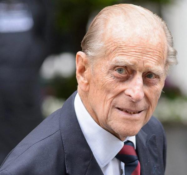 Thái tử Charles bị bố giận khi thừa nhận ngoại tình - Ảnh 1.
