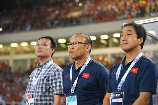 Việt Nam 1-0 Malaysia: Quang Hải ghi bàn đẳng cấp - Ảnh 20.