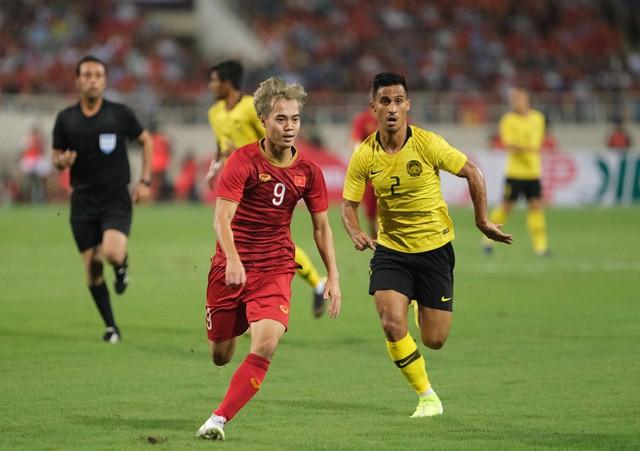 Việt Nam 1-0 Malaysia: Quang Hải ghi bàn đẳng cấp - Ảnh 3.