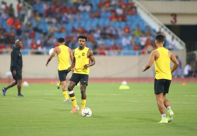 Việt Nam 1-0 Malaysia: Quang Hải ghi bàn đẳng cấp - Ảnh 26.