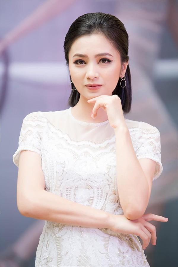 Diệu Hương Hoa hồng trên ngực trái: Gái Thành Nam làm dâu trưởng phố cổ Hà Thành - Ảnh 7.