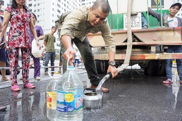 Vụ nước sạch nhiễm styren: 'Điểm danh' khu vực có thể dùng để ăn uống - Ảnh 2.
