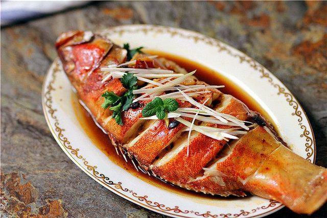 Làm cá hấp mà bị tanh chắc hẳn bạn đã thiếu bước này, thêm đủ bước cá sẽ thơm lừng  - Ảnh 7.