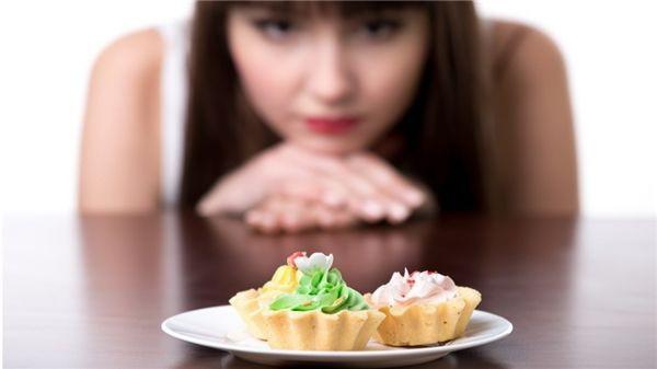 Mối liên hệ mật thiết giữa thực phẩm và tâm trạng: Muốn luôn hạnh phúc, giảm trầm cảm, lo âu, hãy ăn theo cách này - Ảnh 2.