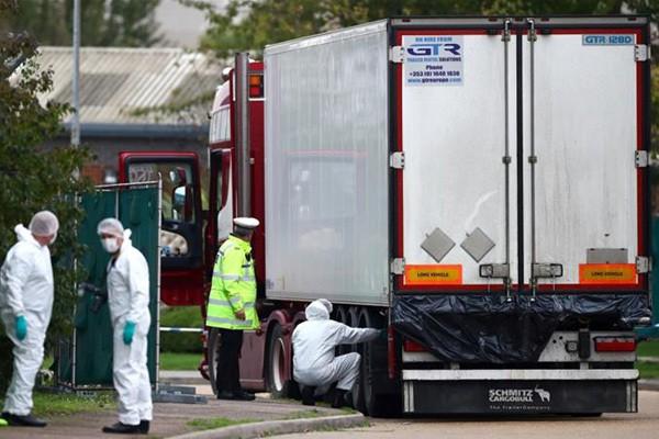Thông tin mới nhất từ Bộ Ngoại giao vụ 39 người tử vong trong xe lạnh ở Anh - Ảnh 2.
