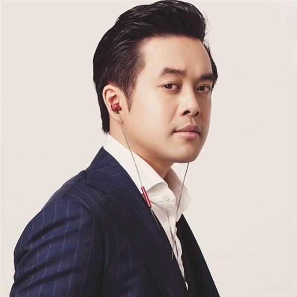 Nhạc sĩ Dương Khắc Linh trải lòng về cuộc sống với vợ kém 13 tuổi - Ảnh 2.