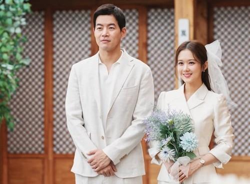 Jang Nara đóng vai người gặp trục trặc hôn nhân  - Ảnh 2.