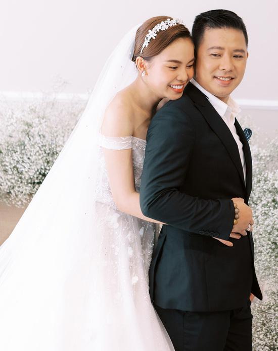 Con trai góp mặt trong ảnh cưới Giang Hồng Ngọc - Ảnh 6.