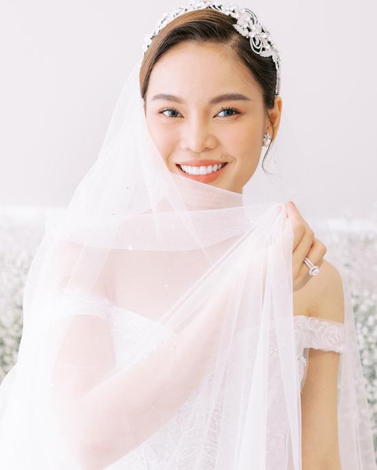 Con trai góp mặt trong ảnh cưới Giang Hồng Ngọc - Ảnh 7.