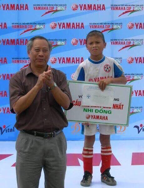 Quang Hải, Văn Hậu và các cầu thủ U22 Việt Nam được vinh danh từ bé - Ảnh 4.